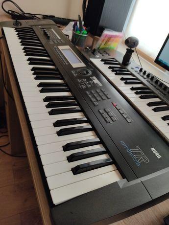 Синтезатор. Робоча станція Korg TR 61