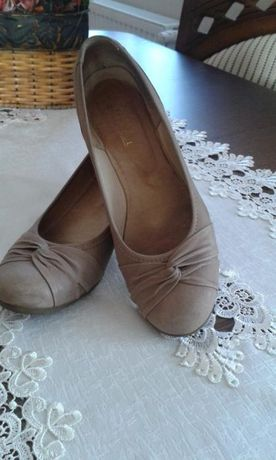 Buty damskie r.38 Lembut pantofle