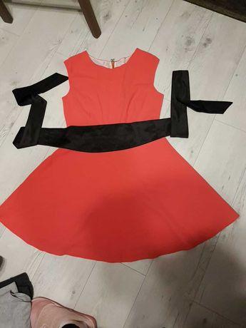 Sukienka koralowa