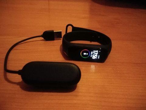 Smartband XIAOMI Mi Band 4 Czarny