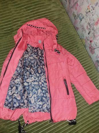 Куртка весна-осінь на 122см