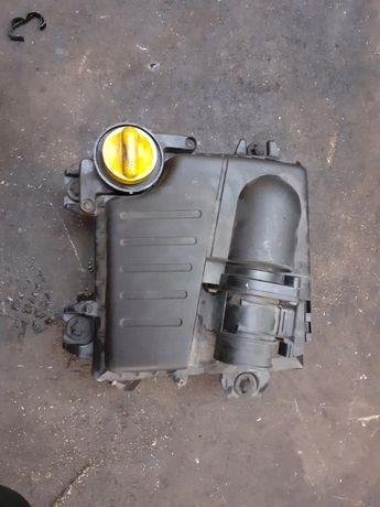Renault Trafic Obudowa Filtra Powietrza 2.0 DCI polecam , wysyłka !!