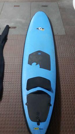 Prancha de surf Softboard e fato. Vendo ou troco