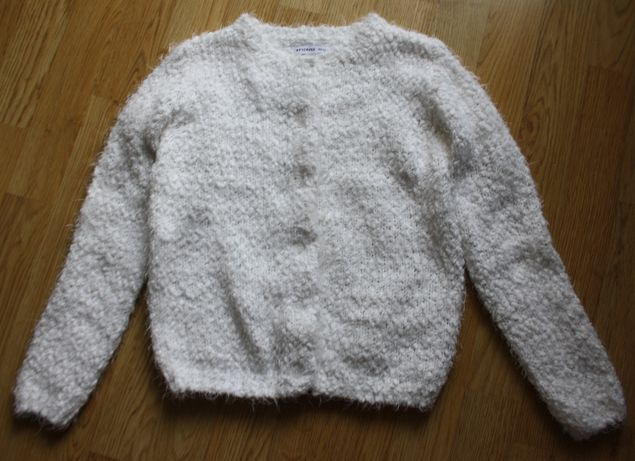 Sweter włochacz biały milusi Reserved 128 cm