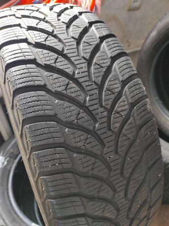 Шини зимові R16 205*60 Bridgestone б/в