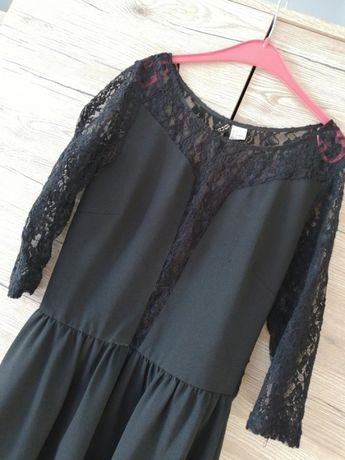 Wyprzedaż szafy / H&M rozkloszowana sukienka XS z koronką