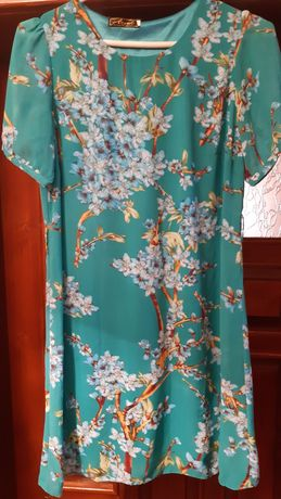 Легенькі літні сукні