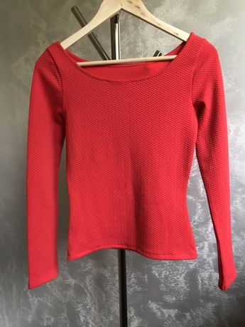 Czerwona, elastyczna bluzka