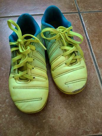 Buty,  halówki  Puma, r.31 dla.wkl.18.5 cm