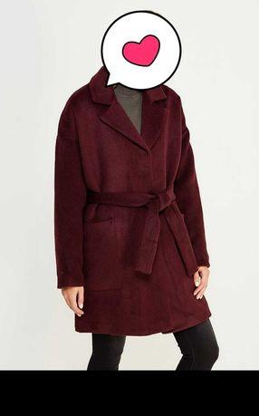 Пальто женское. Цвет бордо.