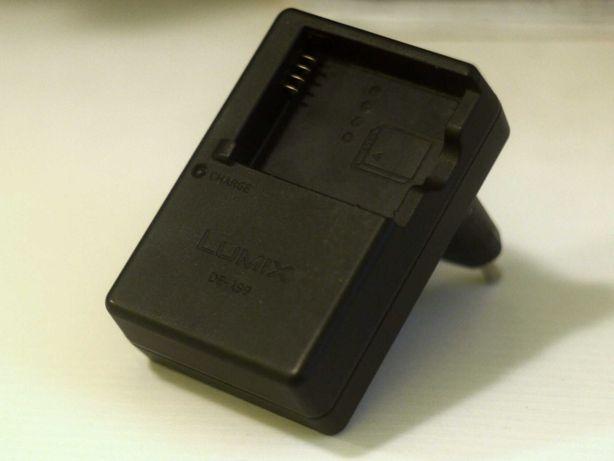 Зарядное устройство Panasonic Lumix DE-A99B для DMW-BLE9, DMW-BLE10