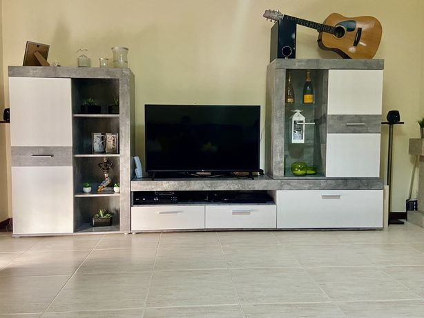 Movel de sala com aparador de tv
