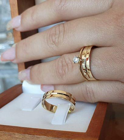 Elegancka Wspaniała Para Złotych Obrączek Ślubnych