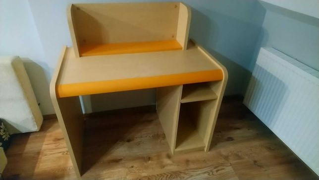 Biurko + Półka + Krzesło