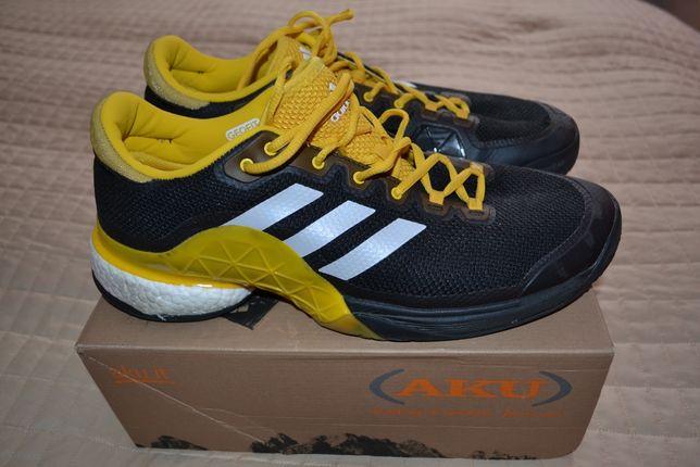 Кросівки Adidas, спортивне взуття