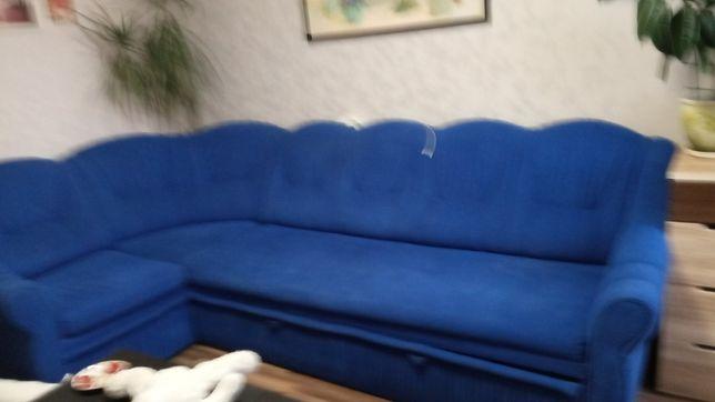 Продам диван мягкий