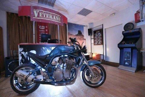 Suzuki Bandit 600 Café Racer