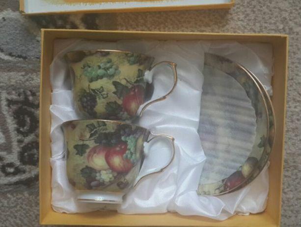 Новый набор чашки и блюдца на подарок