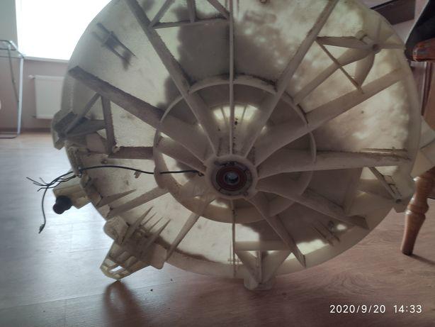 Продам задний полубак стиральной машинкой Samsung F1043