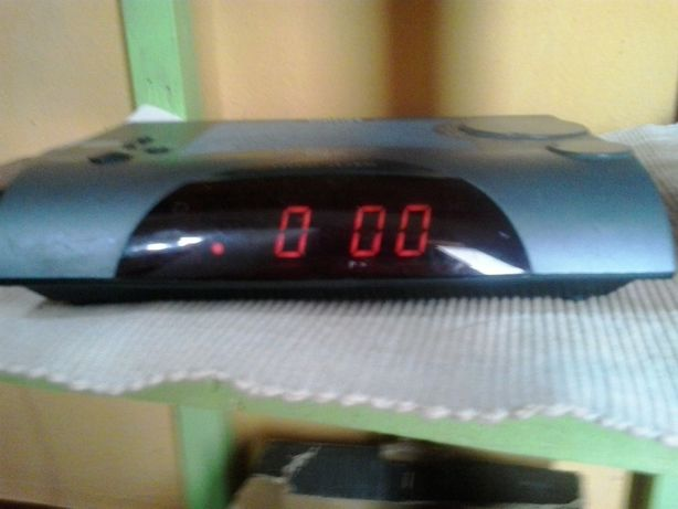 rádio despertador Elétrico/pilhas