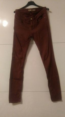 Bordowe spodnie 38