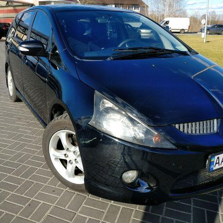 Продам Mitsubishi Grandis цена договорная.