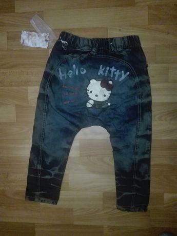 Срочно!Штаны джинсы с хелло китти Hello Kitty.3года примерно