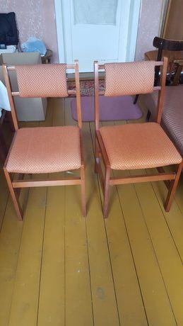 Oddam za darmo krzesła, szafę