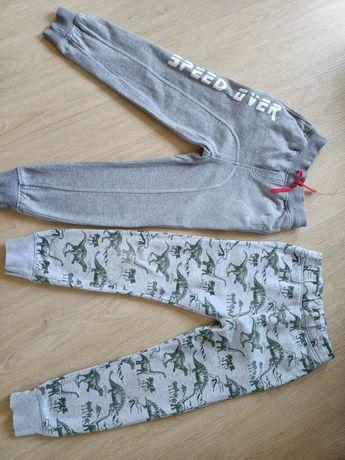 Spodnie dresowe 8lat