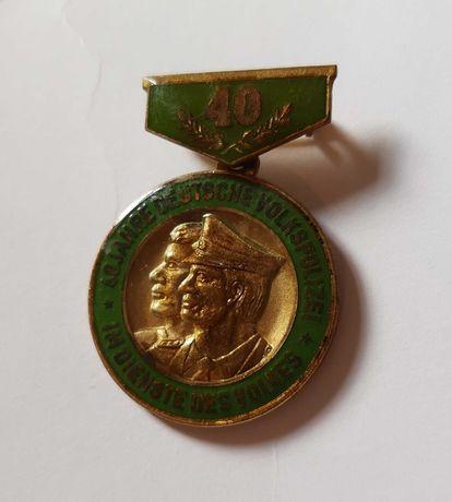 Medal niemiecki 40 lat volkspolizei