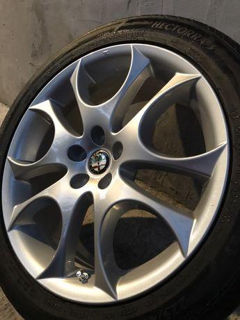 Диски R17 5х98 + резина 225/45 R17 94Y Оригинальные Alfa Romeo