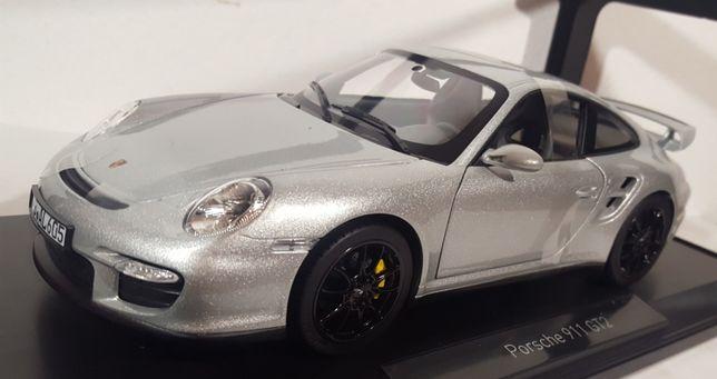 1/18 Porsche 911 GT2 - Norev