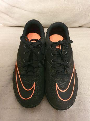 Buty korki Nike rozmiar 37.5.
