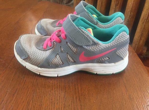 Кроссовки Nike на девочку 18,5 стелька
