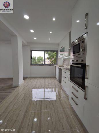Apartamento T2 Remodelação única com suite