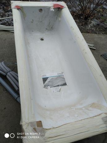 Продам акриловую ванну
