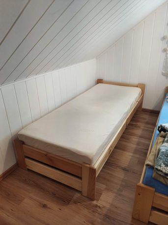 Łóżko drewniane 200x90 z materacem