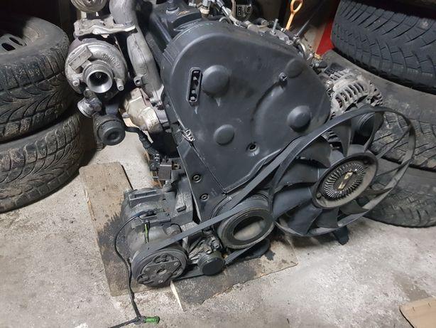 Silnik AHU 1.9 TDI 90KM KOMPLETNY Z całym osprzętem