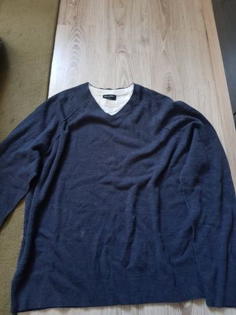 Bluza męska rozmiar L kolor granatowy kołnierzyk w serek
