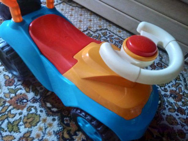 Машина дитяча з рулем