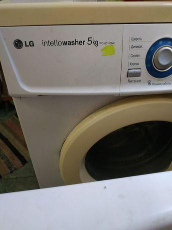 Продам по запчастям Машинка стиральная. LG.