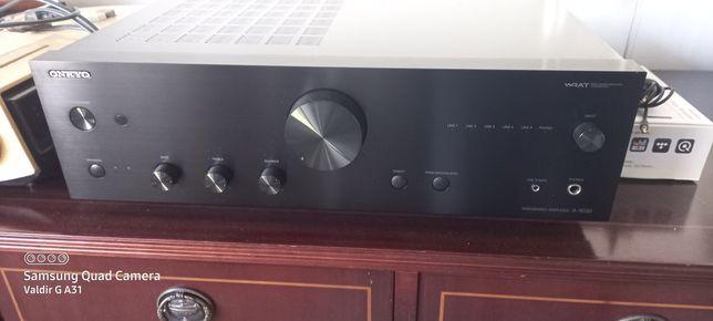 Amplificador onkyo  A-9030