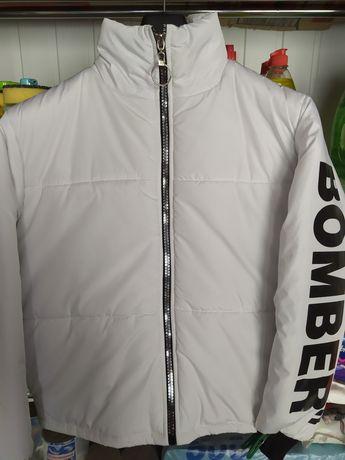 """Продам женская куртка """"Бомбер'"""