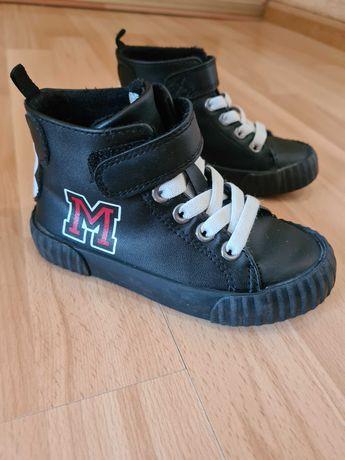 Buty hm,micky jak nowe