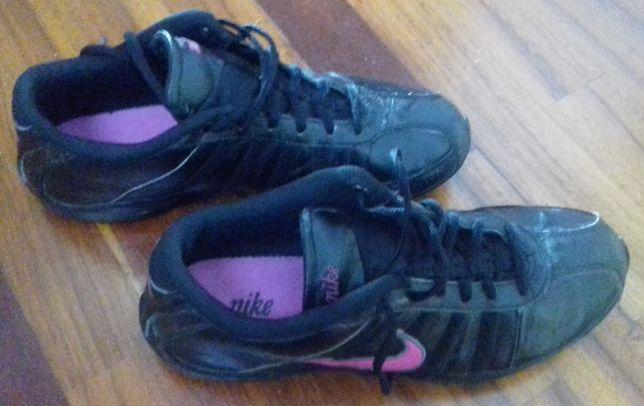 "Ténis ""Nike"" senhora 40"