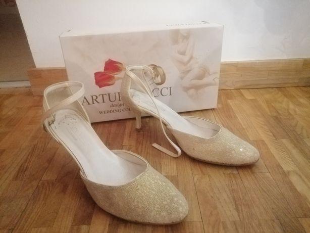 Buty ślubne Arturo Vincci