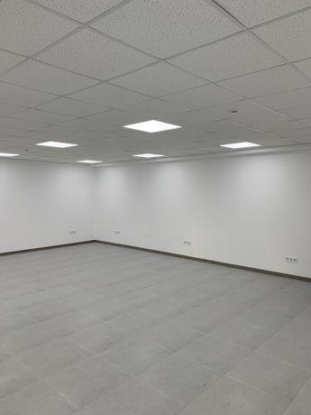 Оренда комерційного приміщення з панорамними вікнами