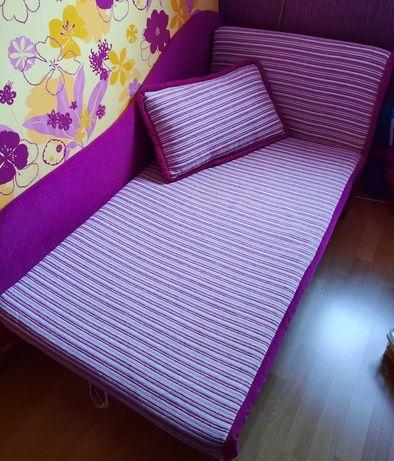 Łóżko rozkładane dla dziewczynki