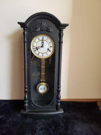 Zegar scienny stylizacja antyk