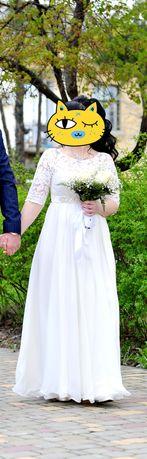 Продам свадебное платье 1000 грн.